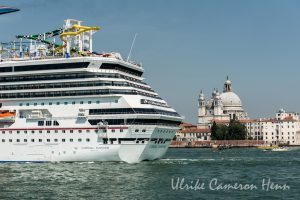 venedig venice italy cruise ship